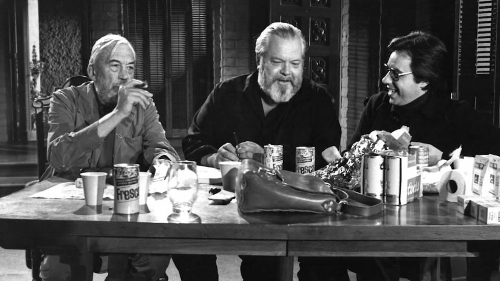 De gauche à droite, John Huston, Orson Welles et Peter Bogdanovich sur le tournage de «The Other Side of the Wind».